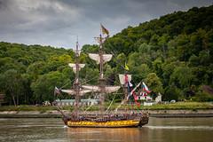 Shtandart, Russie (patrick Thiaudiere, + 3 millions view) Tags: bateau ship navire voile vent wind yellow jaune flag drapeau