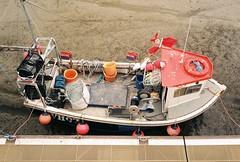 WH97 (Chi Bellami) Tags: film fujifilm fujicolor c200 nikon nikonosv 35mm zonefocus scalefocus scanned scan colour c41 negative boots chibellami coast port harbour cornwall padstow vessel boat fishing trawler fishingboat workboat