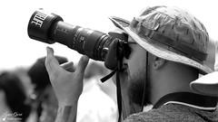 Jeremie (Laurent Quérité) Tags: canonef100400mmf4556lisusm canoneos7d canonfrance noirblanc blackwhite portrait monochrome meetingaérien airshow ba115 orangecaritat france spotter photographe homme