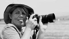 Marie (Laurent Quérité) Tags: canonef100400mmf4556lisusm canoneos7d canonfrance noirblanc blackwhite portrait monochrome meetingaérien airshow ba115 orangecaritat france spotter photographe femme