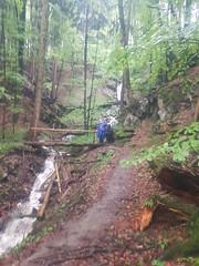 Megamarsch von München nach Mittenwald (runlama) Tags: runlama megamarsch megamarschmünchen 10024 100km 24h benediktbeuren wandern marsch bach regen creek rain regenjacke brücke bridge wald forest