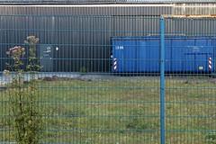 blue.fence (fhenkemeyer) Tags: blue fence ruhrgebiet hff mülheimruhr lines container