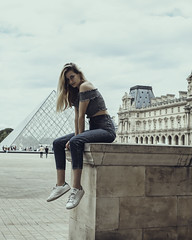 Hallie the tourist in town (click100) Tags: tourist paris city iconic place canon eosrp 24105mm girl alone pyramid louvre