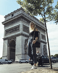 Hallie the tourist in town (click100) Tags: tourist paris city iconic place canon eosrp 24105mm girl alone etoile charles de gaule arc triomphe