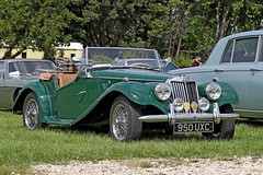 MG TF (1954) (Roger Wasley) Tags: mg tf 950uxc toddington classic car vehicle gloucestershire