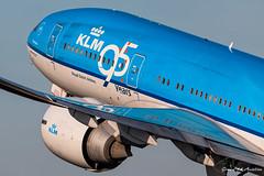 KLM B777 (Ramon Kok) Tags: blue holland amsterdam airplane airport aircraft aviation airline boeing airways klm airlines kl 777 ams eham boeing777 amsterdamairportschiphol 777200er avgeek klmcityhopper koninklijkeluchtvaartmaatschappij boeing777200er 77e avporn nederland thenetherlands special schiphol noordholland schipholairport vijfhuizen royaldutchairlines speciallivery phbqb
