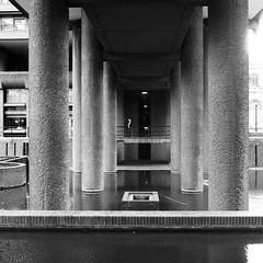 Barbican Centre, London (a.pierre4840) Tags: olympus om3 zuiko 35mm f28 35mmfilm ilford ilfordhp5 hp5 hp5plus bw blackandwhite noiretblanc squareformat 11 architecture candid urban lines london england