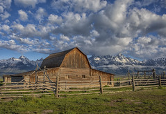 John Moulton Barn - Grand Teton National Park 7I4A4084 (raddox) Tags: grandtetonnationalpark grandteton nationalpark tetonmountains mountain johnmoulton johnmoultonbarn mormonrow barn clouds mormon