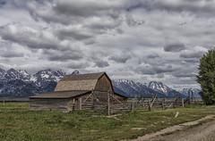 John Moulton Barn - Grand Teton National Park 7I4A3933 (raddox) Tags: grandtetonnationalpark grandteton nationalpark tetonmountains mountain johnmoulton johnmoultonbarn mormonrow barn clouds mormon