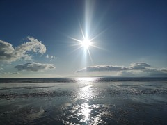 Rossbeigh beach (krpena.lutkica) Tags: beach summer sand view scenicview idyllic clouds blue reflection