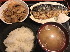 Grilled mackerel lunch set (Phreddie) Tags: japanese food lunch eat delicious mackerel rice meal restaurant shinagawa tokyo japan yummy