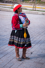 People of Peru - Pisac Woman (davidswinney) Tags: roadscholar people peru inca southamerica ruins pisac sacredvalley taraydistrict cuscoregión