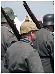 Meeting du centenaire Meaux-Esbly 2018 (Aerofossile2012) Tags: meaux esbly airshow meeting 1418 ww1 wwi grandeguerre 2018 reenactors reconstituants uniform uniforme german allemand people