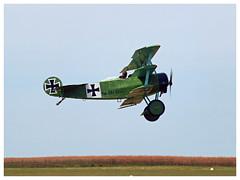 Fokker Dr.I Dreidecker - 01-CP/F-AZVD (Aerofossile2012) Tags: meaux esbly airshow meeting 1418 ww1 wwi grandeguerre 2018 reenactors reconstituants fokker dri dreidecker fazvd