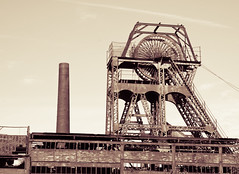 Chatterley Whitfield colliery 05 jun 19 (Shaun the grime lover) Tags: building chimney derelict industrial rusty wheel mine headstock headgear coal colliery chatterleywhitfield chell stokeontrent staffordshire heapstead