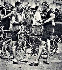 1937 TDF Conversation... (Sallanches 1964) Tags: tourdefrance 1937 sylvèremaes yellowjersey tourdefrancewinners roadcycling lagrandeboucle othertimescycling oldtimescycling