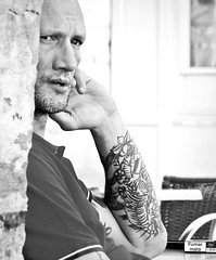 Rob Linde au Bar Rémy sur les quais de Bayonne, fin juin 2019... Reynald ARTAUD (Reynald ARTAUD) Tags: 2019 juin pays basque bayonne rob linde bar rémy quais reynald artaud