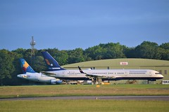 Cotswold 757 (Gerry Rudman) Tags: boeing 757223wl tfisz icelandair american n642aa cotswold kemble