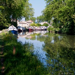 Canal du midi (IMGP2242) (Dnl75) Tags: canal canaldumidi france reflection reflexion reflet water