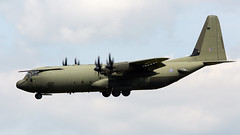 Hercules (Bernie Condon) Tags: hercules c130j raf royalairforce transport cargo parachute military airlift herc aircraft plane flying aviation