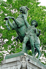 DSC00394 - War Memorial (archer10 (Dennis)) Tags: montreal sony a6300 ilce6300 18200mm 1650mm mirrorless free freepicture archer10 dennis jarvis dennisgjarvis dennisjarvis iamcanadian canada oldmontreal quebec southafricanwar monument horse man soldier