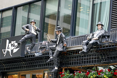 DSC00400 - House of Jazz (archer10 (Dennis)) Tags: montreal sony a6300 ilce6300 18200mm 1650mm mirrorless free freepicture archer10 dennis jarvis dennisgjarvis dennisjarvis iamcanadian canada oldmontreal quebec bluesbrothers statues houseofjazz