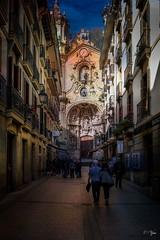 San Sébastian (Espagne) (jean-marcvalette) Tags: espagne sansébastian lumix gx8 zuiko 1240 f28 panasonic église couleur color spain ruelle