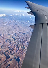 #GoingHome #WindowView #B777 (Σταύρος) Tags: desert utah capitolreefnationalpark airplane airplanewing windowview windowseat goinghome b777 jetwing wing λεπίδοσ πτερόν adain aile vleugel ala flügel altitude flight fly aerial aério avion aéreo avión aereo vliegtuig flugzeug awyren aircraft airliner plane jet inflight