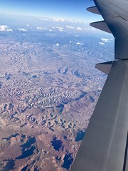 #GoingHome #WindowView #B777 (Σταύρος) Tags: desert utah capitolreefnationalpark 777 windowview windowseat airplane airplanewing goinghome b777 jetwing wing λεπίδοσ πτερόν adain aile vleugel ala flügel altitude flight fly aerial aério avion aéreo avión aereo vliegtuig flugzeug awyren aircraft airliner plane jet inflight
