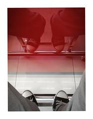 vis-à-vis (Armin Fuchs) Tags: arminfuchs kassel hotel huawei smartphone reflection red