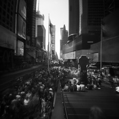 Master of Puppets (Dikal) Tags: zeroimage2000 zeroimage zero2000 pinhole sténopé lensfree nofilter notrick mediumformat mf 120film 6x6 squareformat ilford ilfordfp4 rodinal 25asa homemade blackandwhite bw nb noiretblanc usa newyork urban roadtrip dikal 2018