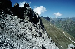 t9401018F (m-klueber.de) Tags: mk1994stubai alpen ostalpen zentralalpen stubaieralpen stubaier österreich austria tirol nordtirol 19940711 kalkkögel schlicker seespitze schlickerseespitze 1994 mkbildkatalog t9401018 t9401018f