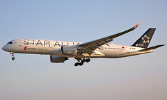 B-308M - Airbus A350-941 - LHR (Seán Noel O'Connell) Tags: airchina b308m airbus a350941 a350 a359 heathrowairport heathrow staralliance lhr egll pek zbaa ca855 cca855 09l aviation avgeek aviationphotography planespotting