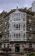 Casa Yáñez  (1900) de Michel Pacewicz - Vigo- (Fotgrafo-robby25) Tags: casayáñez1900demichelpacewicz españa galicia lugares plazadecompostela sonyilce7rm3 vigo