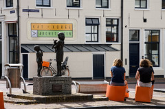 Citizens (Julysha) Tags: sneek people sculpture thenetherlands friesland acr 2019 nikkor1680284 d7200 june summer town