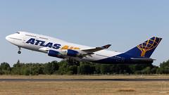 N464MC (PM's photography) Tags: sky plane canon eos airport aviation air jet atlas boeing spotting b747 poznan poz eppo b747400 b744 avgeek lawica avporn 6dmk2 4k