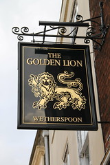 The Golden Lion, Rochester (Wetherspoon) (Ray's Photo Collection) Tags: pub rochester wetherspoon sign thegoldenlion publichouse medway kent