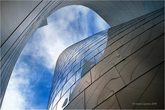 Skywards (Sandra Lipproß) Tags: modernarchitecture architecture frankgehry waltdisneyconcerthall losangeles california abstract sky city urban travel usa blue reflection frankogehry dekonstruktivismus deconstructivism