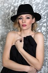 _Z1A8391a_pp_klein (Andreas.Gerull) Tags: model manuela indoor studio sexy beuaty beautiful blond girl woman female