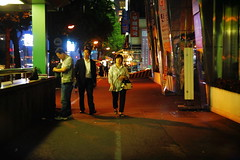 2058/1957 (june1777) Tags: snap street seoul night light bokeh canon eos 5d helios 442 58mm f2 russian m42 1600 clear