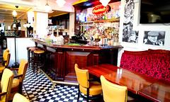 Inside an Irish Pub (mandalaybus) Tags: dublin ireland pub pubs tavern taverns bar bars irish