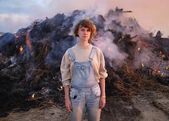(Andrés Lázaro) Tags: portrait denmark midsummer blokhus girl fire x100t 2019 beach goldenhour