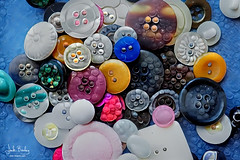 A Sea of Buttons (Eclectic Jack) Tags: ddg generator dream deep processing processed process post manipulated button macro