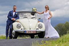 Bride & groom (andredekesel) Tags: wedding weddingphotography vwbeetle