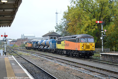 56302 tnt 56078 passing Worcester Shrub Hill on the 29-10-2016 with the 3S33 Swindon to Gloucester Horton Road RHHT (Robert Lewis(railhereford)) Tags: 56302 56078