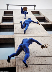 Blue Band (peterphotographic) Tags: kmy5bcb2weddingkitedwm blueband olympus em5mk2 microfourthirds mft ©peterhall wdps southwark southlondon london england uk britain camerabag2 blue hotel art statue drummer trumpet window wall installation up climb