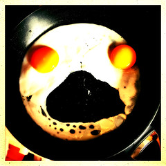 Egg-Scream (Julie (thanks for 9 million views)) Tags: sliderssunday hss squareformat iphonese friedeggs breakfast food thescream hww fryingpan 100xthe2019edition 100x2019 image70100 hipstamaticapp kitchen pareidolia