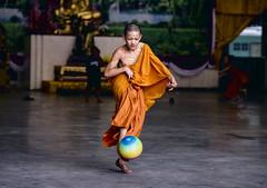 Nen Len Bon (toastal) Tags: bangkok talatphlu thailand action boy football monk nen orange play soccer temple wat young happyplanet asiafavorites