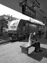 Inverno 2019 BB 100 #16 (train_spotting) Tags: stresa lineadelsempione dbcargoitaliasrl lenord ferrovienordmilano nordcargo traxxf140dc e4831075nc bombardier blackberrykeyone bb100