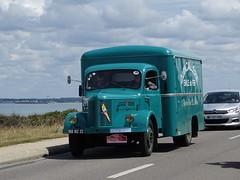 Tour de Bretagne 2019 - camion hotchkiss (BOSTO62) Tags: tourdebretagne automobile wagen car anciennes 2019 camion hotchkiss truck